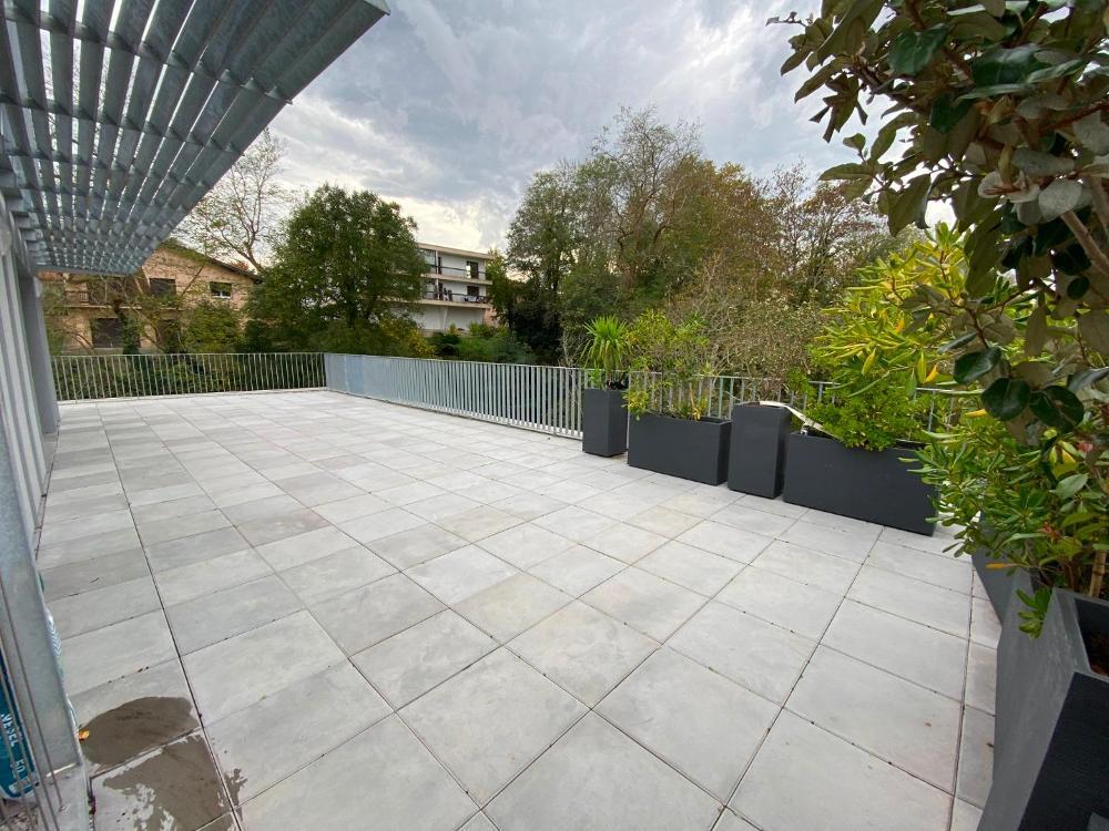 Bayonne T3 de 95 m2 avec terrasse de 100 m2